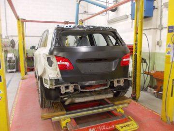 carrozzeria-gradara-riparazione-autoveicoli-verniciatura